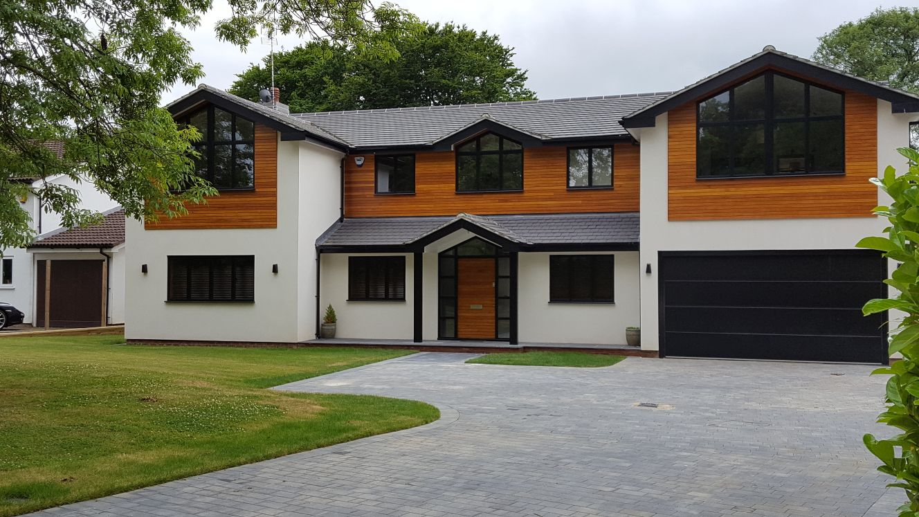 house with contemporary aluminium windows
