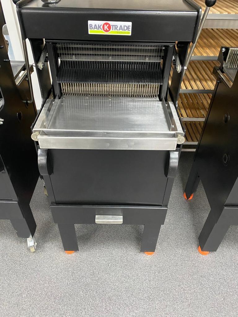 VLB broodsnijmachine handbediening