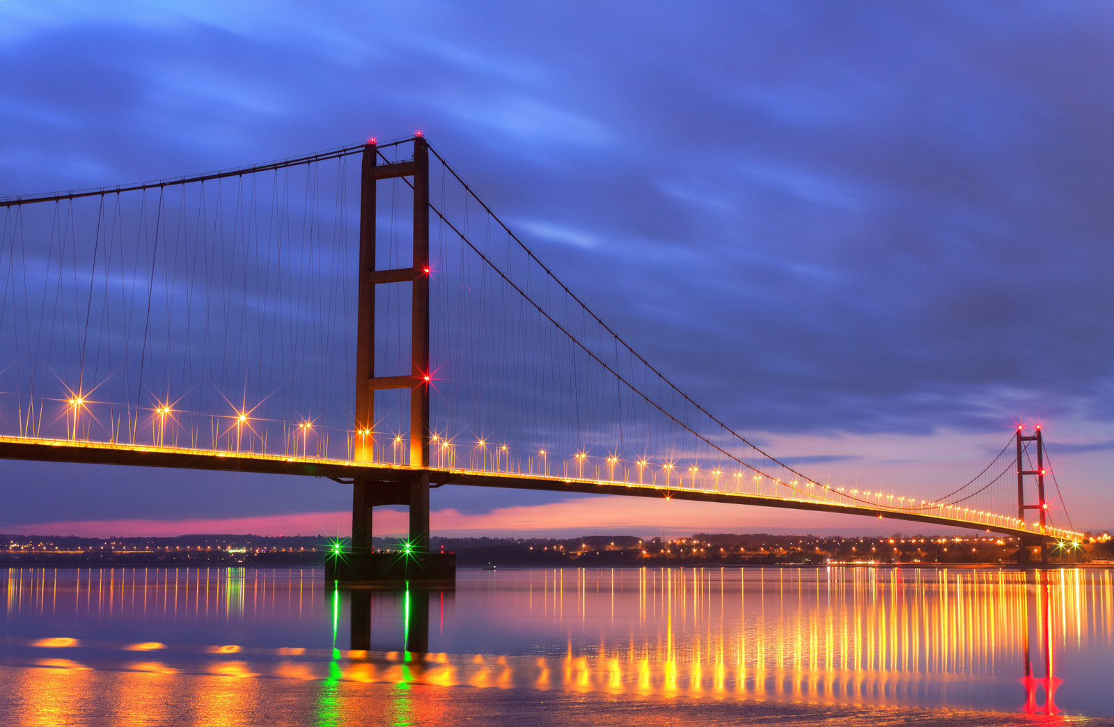 Humber Bridge Night