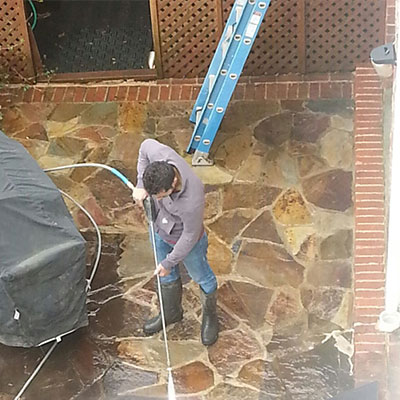Pressure washing in Ashburn, VA
