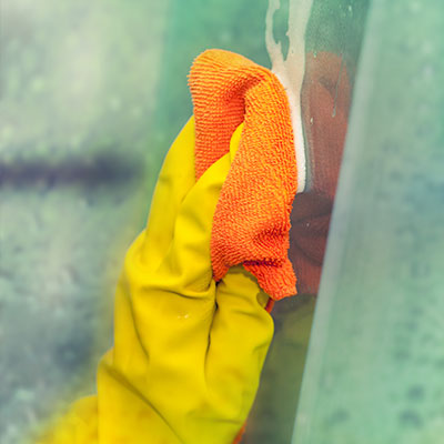 Shower glass cleaning in Ashburn, VA