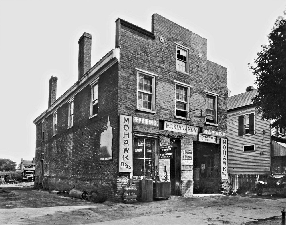 1946-390