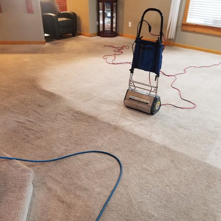 before and after carpet cleaning project