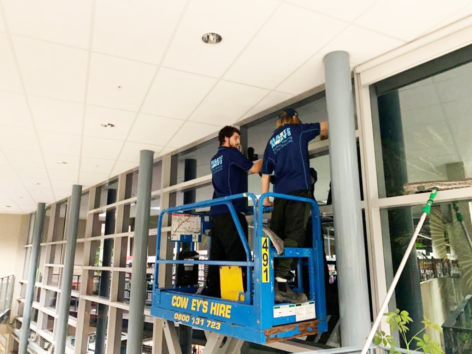 Business getting windows cleaned in Whangarei