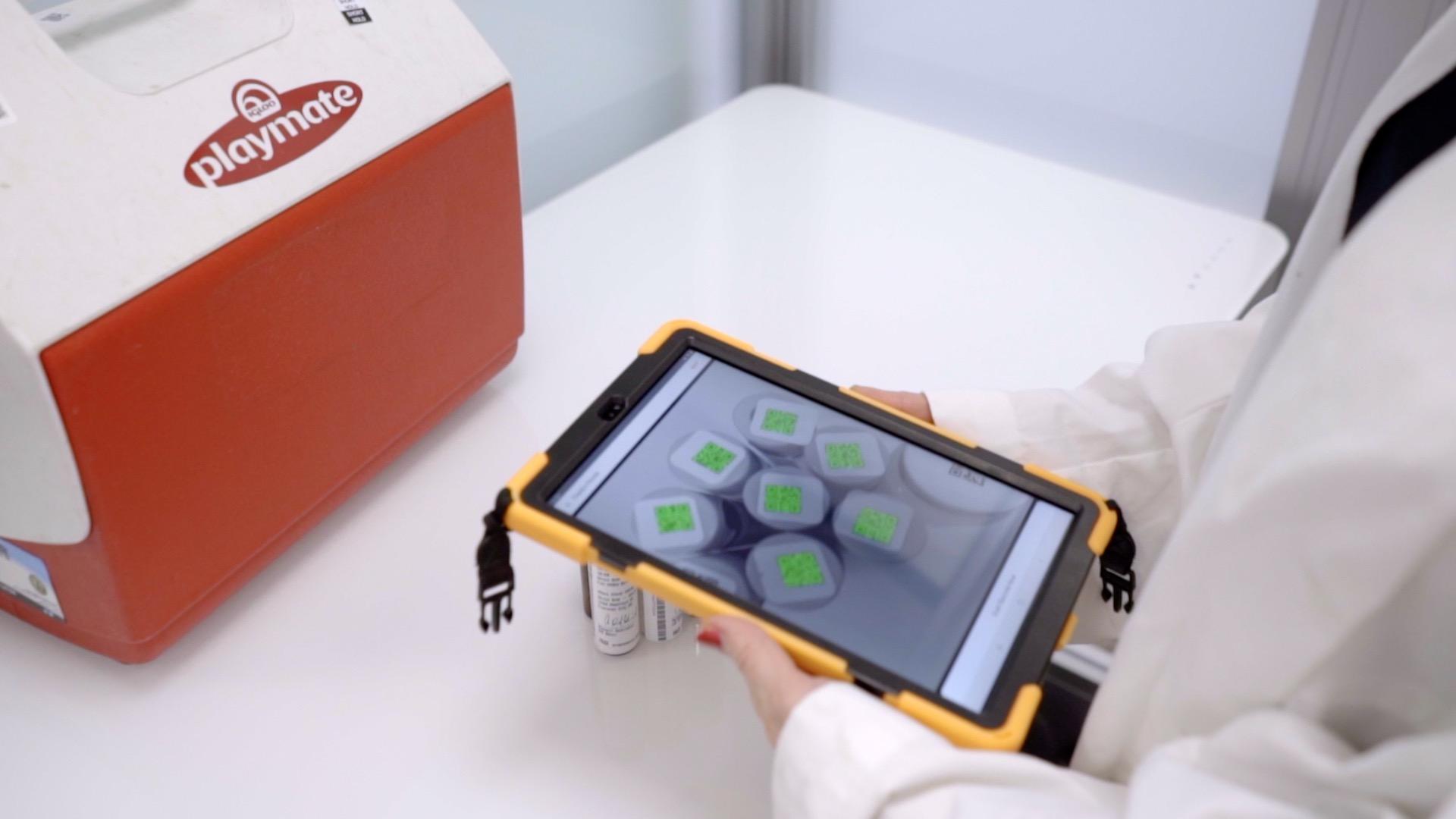 SampleServe Lab App Logging in Laboratory Sample Bottles
