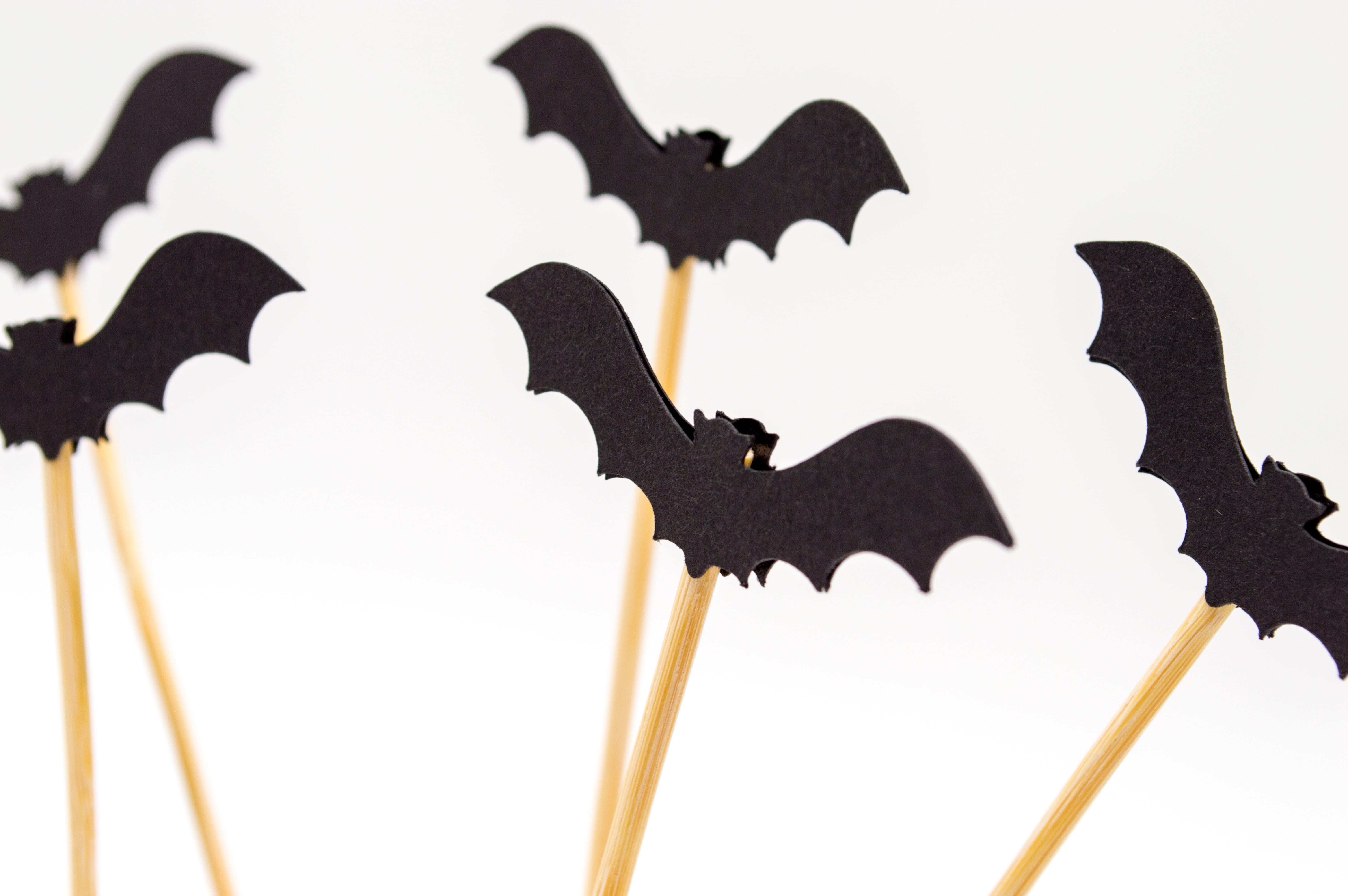 You'll love making these 'batty' office halloween decorations!