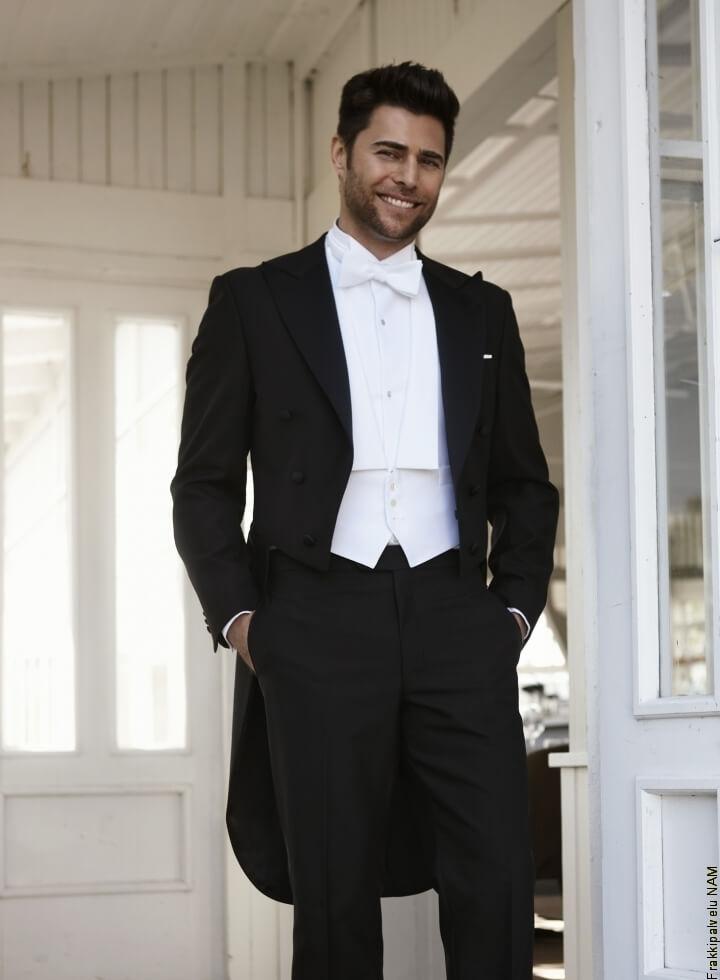 Miesten rusetti- kepeä, hauska ja särmikäs vaihtoehto solmiolle