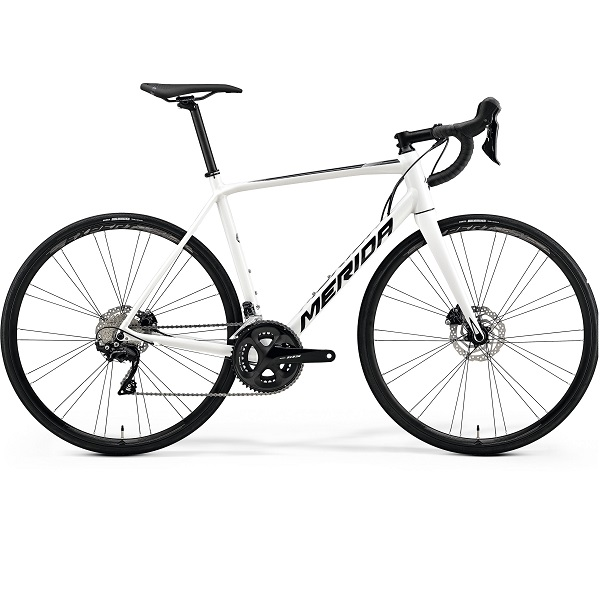 Road / Racing bike with disc brakes size 47cm