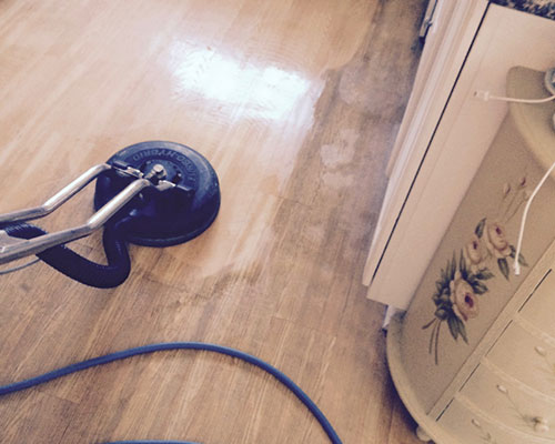 Hardwood floor cleaning in Simi Valley, CA