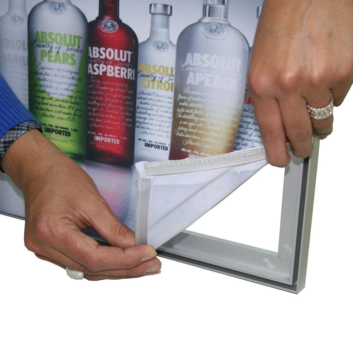 Caja de luz 30 mm con tira de silicona