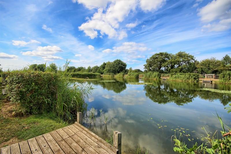 Willow Lakes Bodham (1)