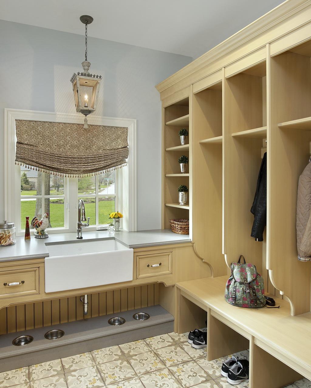Modern Mudroom Design Abruzzo Kitchen And Bath