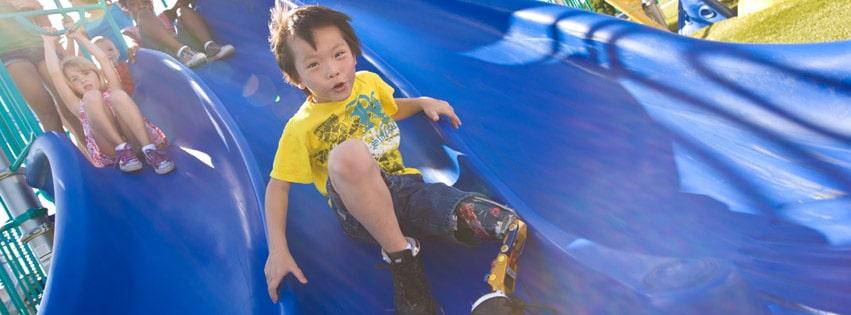 kids playing to reduce summer slide over summer break