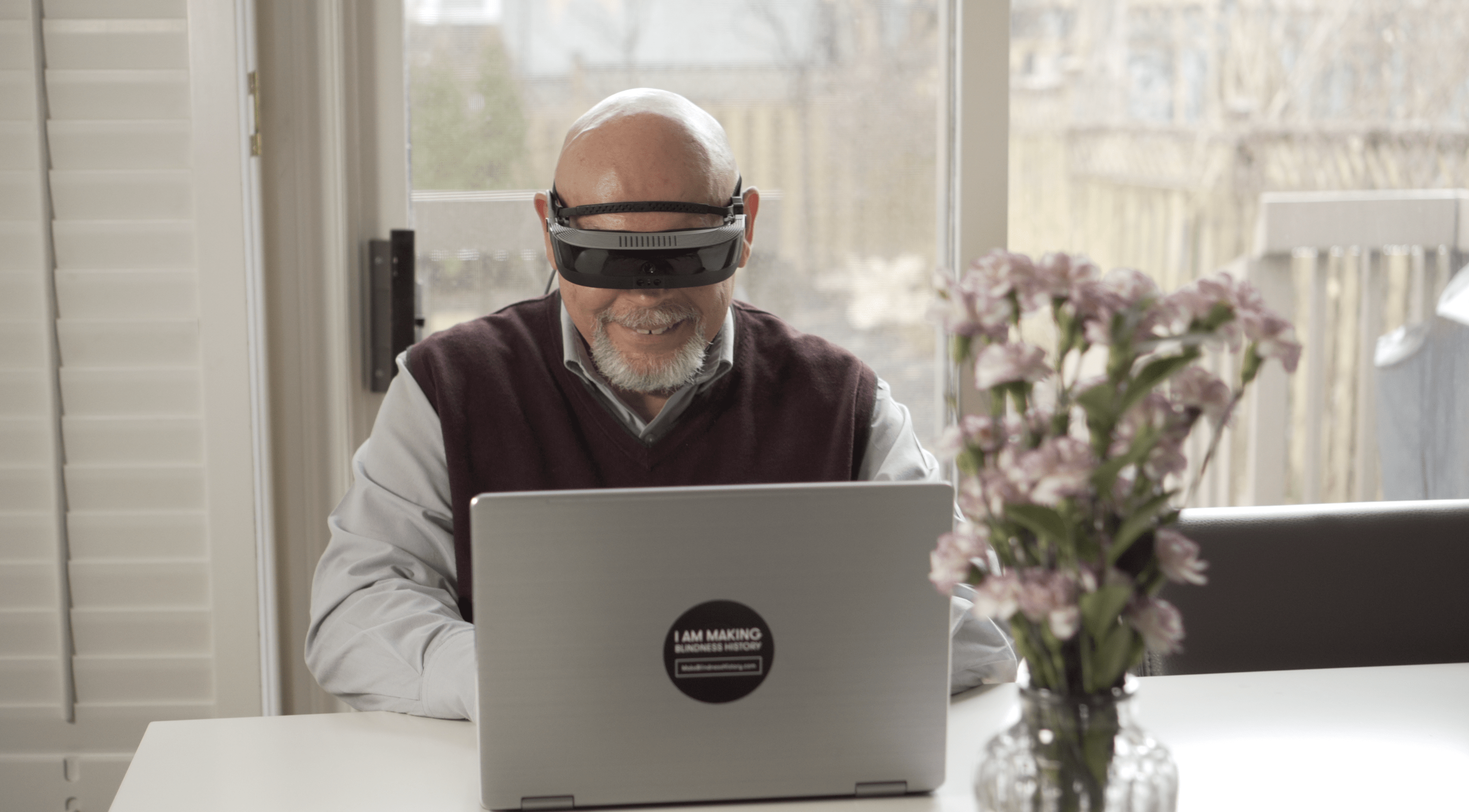 Electronic glasses help visually impaired.