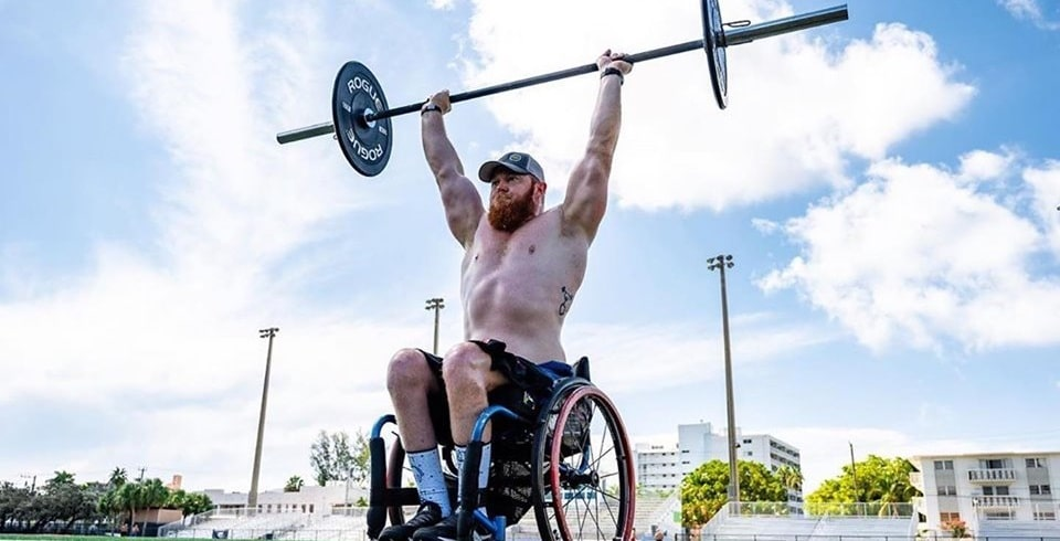 Adaptive athlete Kevin Ogar excels at powerlifting.