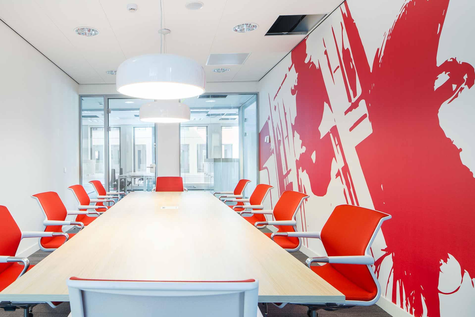 maatwerk behang in de kantoren