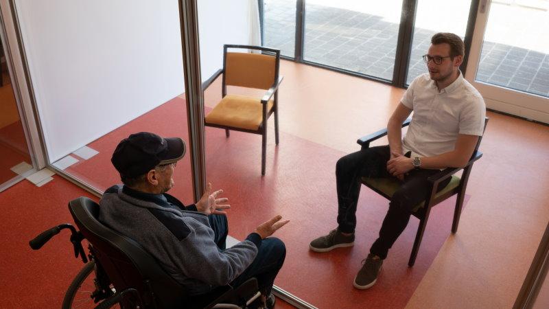 Impact Corona Schermen voor verzorgingshuizen om ouderen te beschermen tegen covid-19