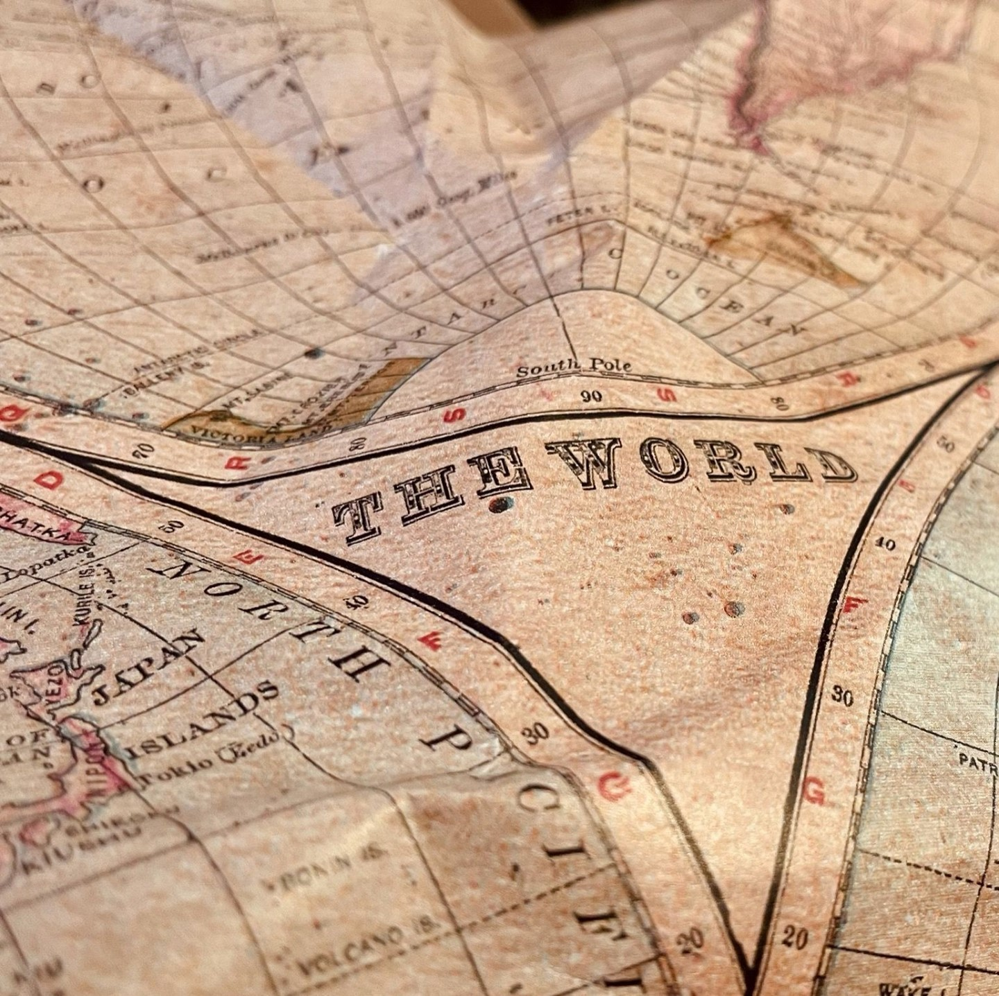 My favourite wrapping paper of all time.⠀ ⠀ #travel #map #adventure #exploration