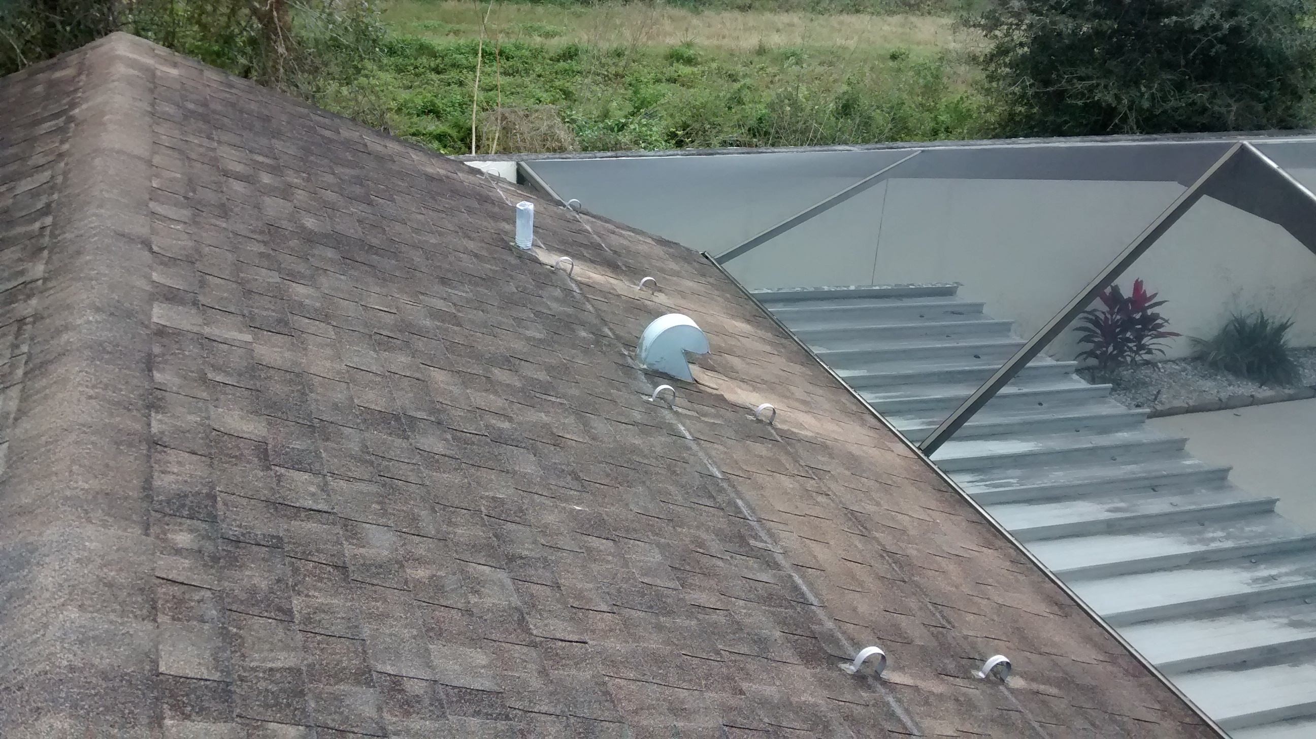 Before Roof Cleaning Service
