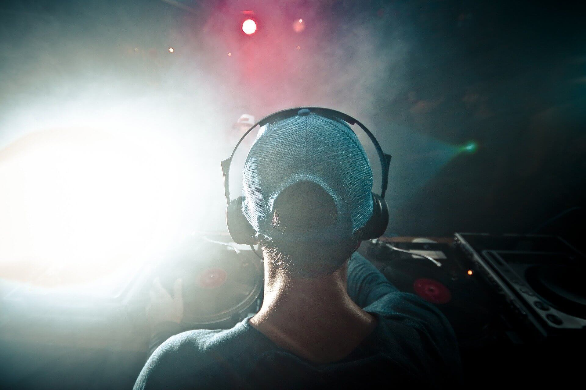 DJ Bios