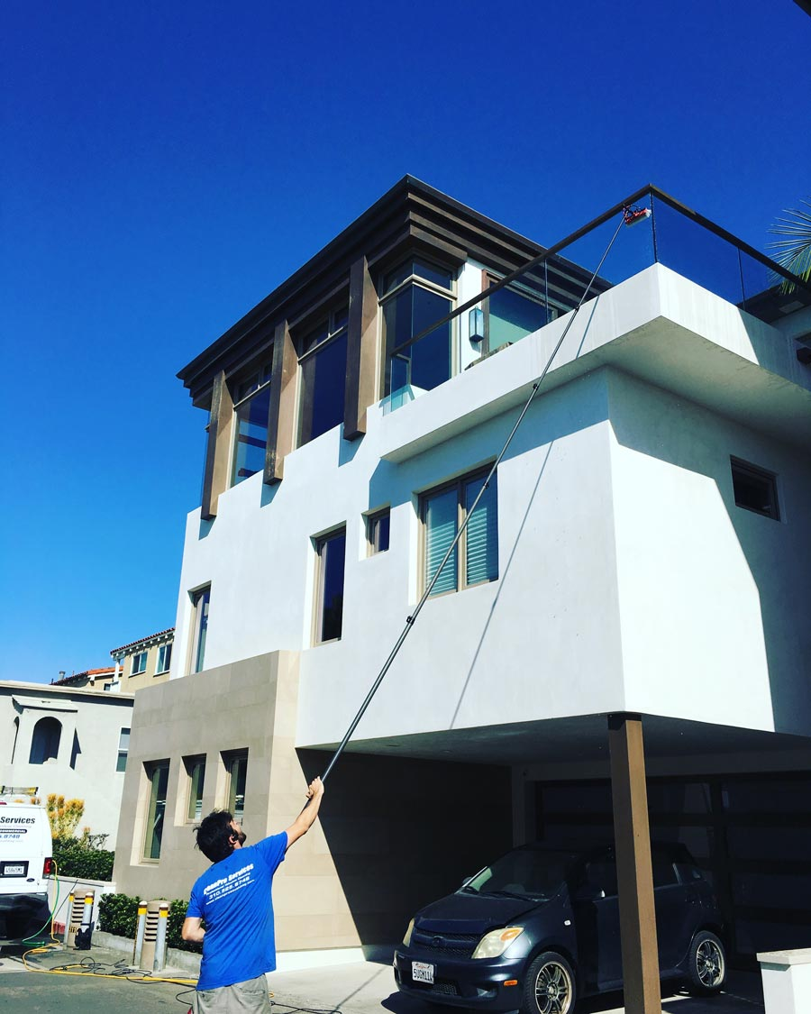 CleanPro window cleaning a home in the South Bay Area, CA