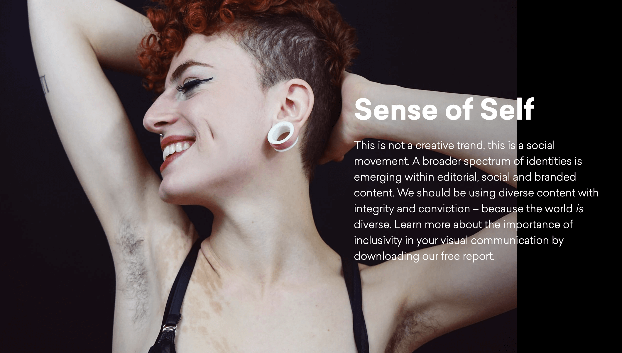 Woman smiling with visable body hair representing gender neutral stock photograph by Sol Vázquez EyeEm