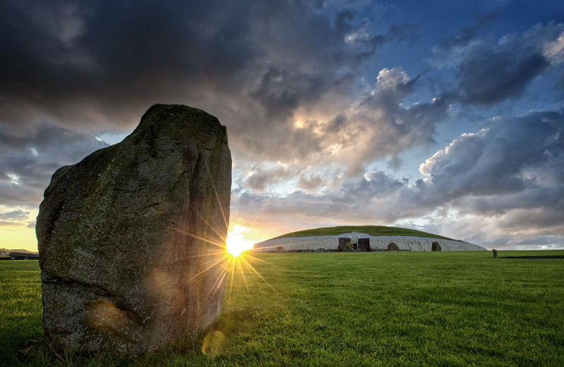 Sunrise at Newgrange in Ireland a 5000 year old Passage Tomb