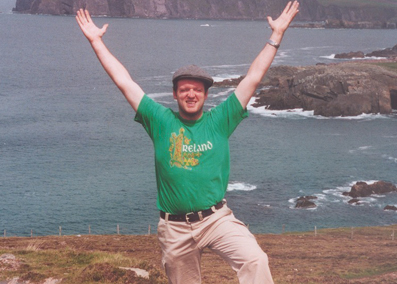 Essential Ireland's chief guide Stephen McPhilemy in 2004 guiding a tour of the Slea Head Drive