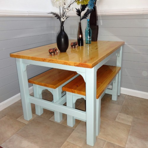 Farmhouse Tables in Sheffield