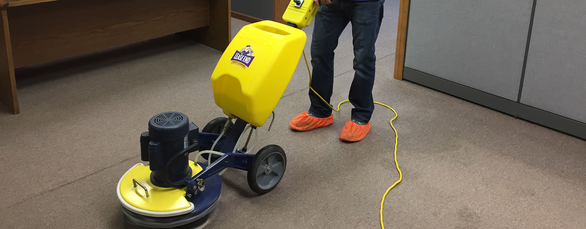 Commercial carpet cleaning in Manhattan, KS