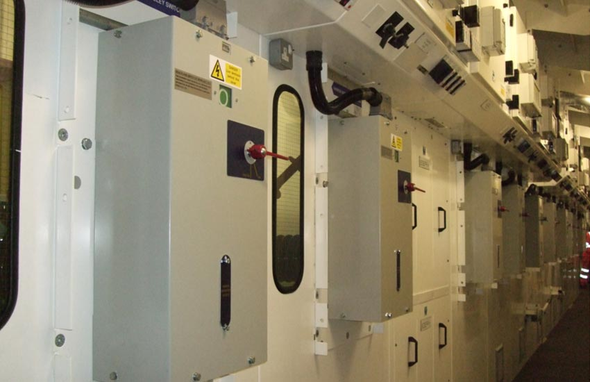 Vacuum Circuit Breaker Renewals and Refurbishment