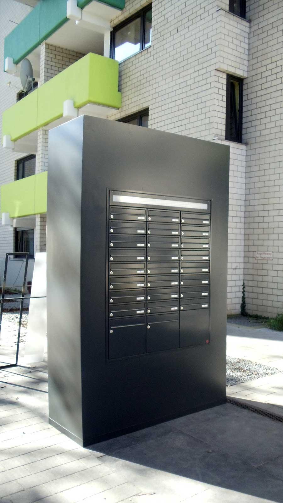 Briefkastenanlage, Briefkasten, Müllbox, Gartenhaus, Geräteschuppen