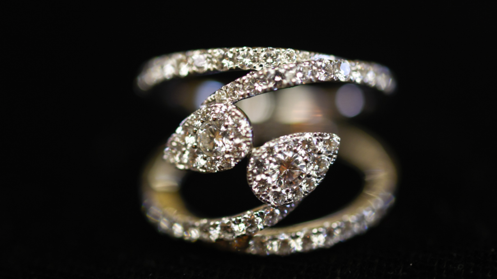 closeup of custom ring handmade by Lisa Marie Kotchey