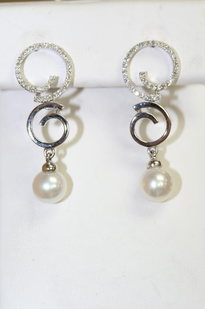Earring of Lisa Marie Kotchey Design