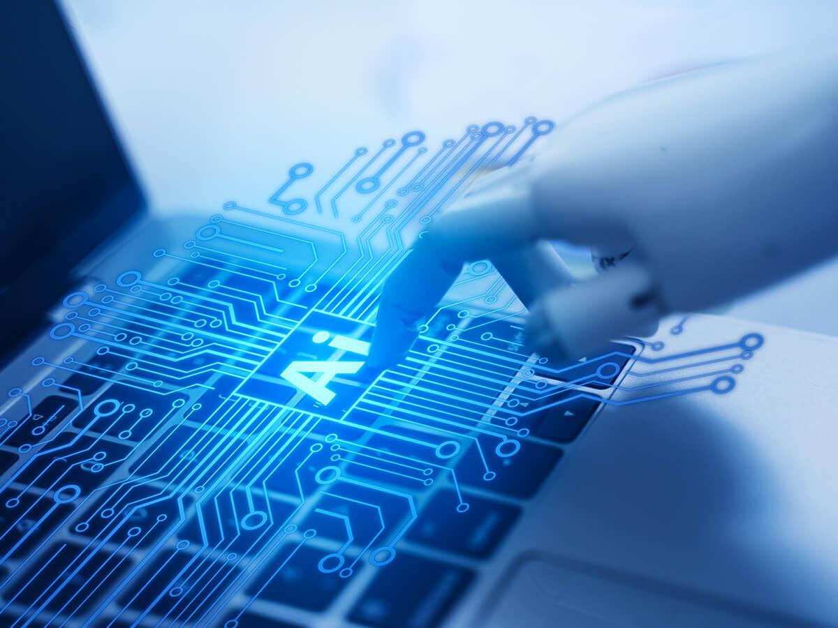 Počítačová ruka symbolizujúca automatizáciu biznis procesov