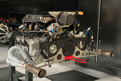 Type M96/77 - 2000 Porsche GT3 R / 3598 cc, 410 hp at 8,200rpm (with air restrictor D =43.1mm)