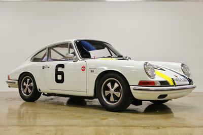 For Sale 1966 Porsche 911 - 2.0L CUP race car 02