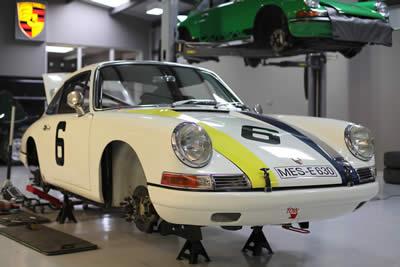 For Sale 1966 Porsche 911 - 2.0L CUP race car 11
