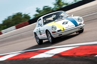 For Sale 1966 Porsche 911 - 2.0L CUP race car 14