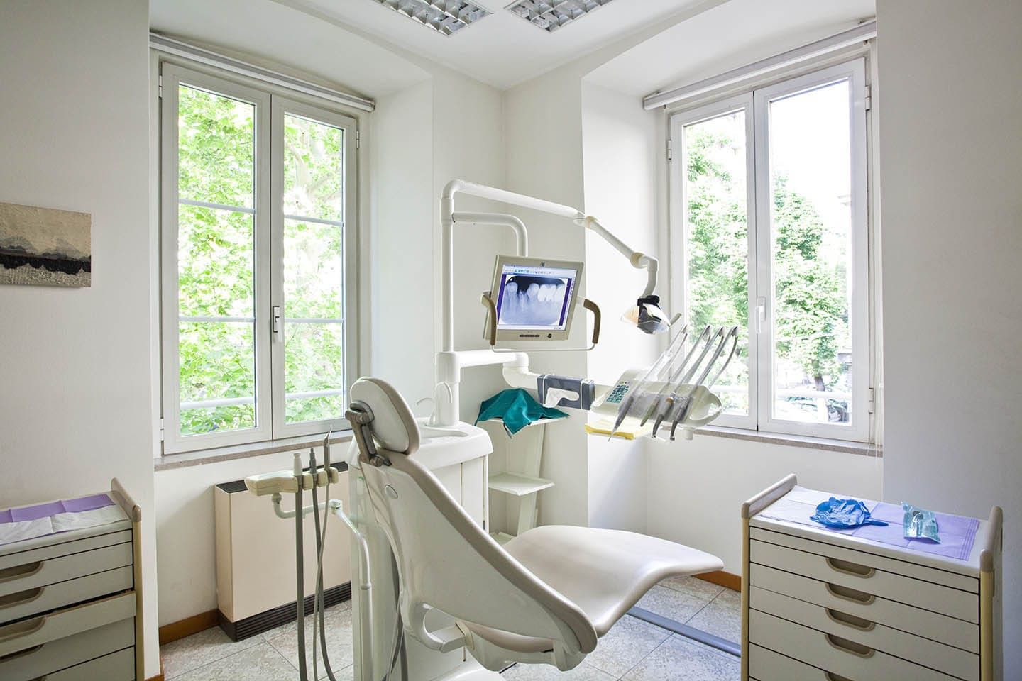 Dentist chair with dental instruments