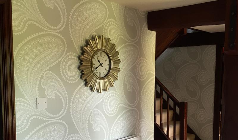 Wallpaper Hanging Image