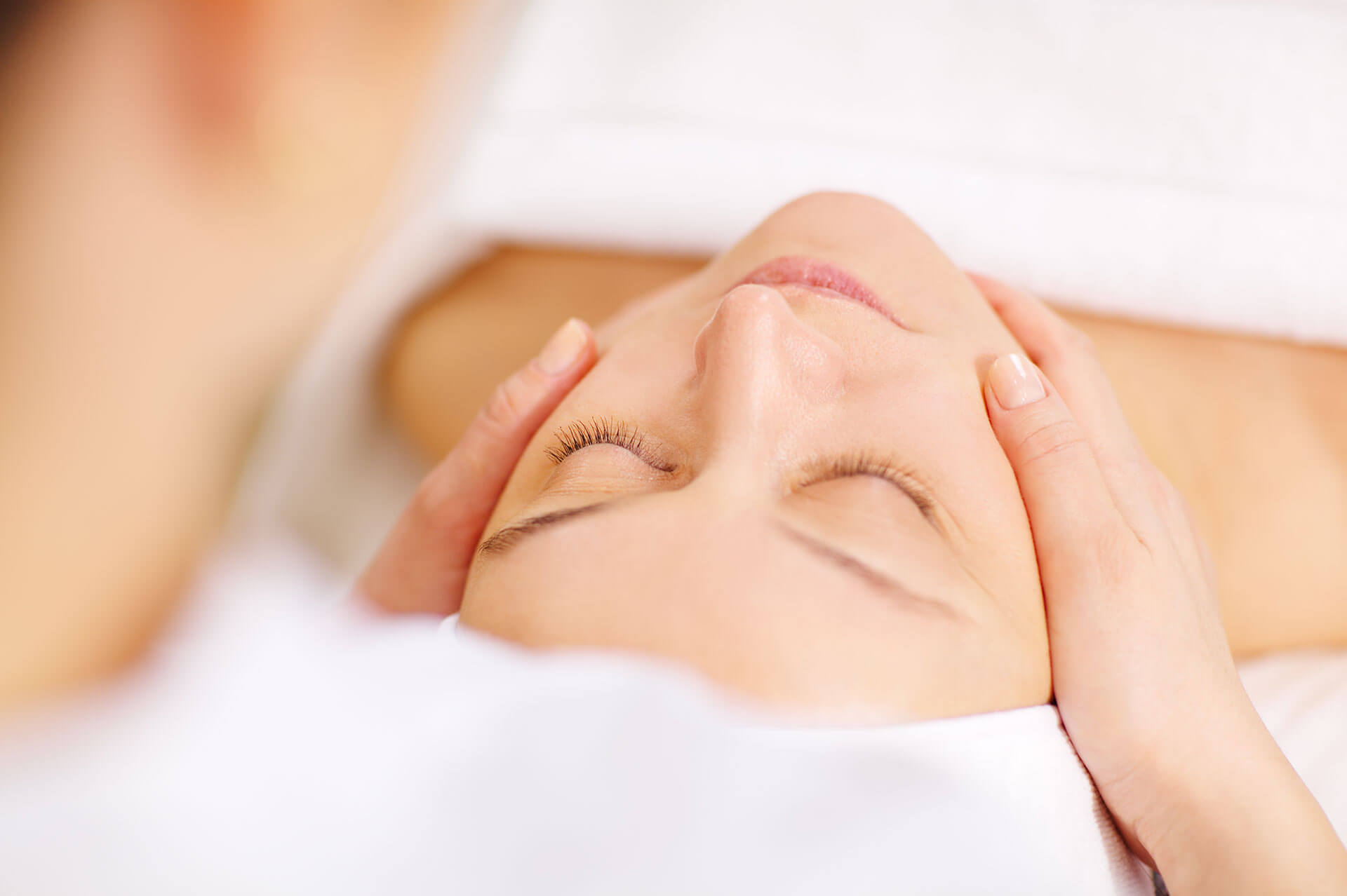 Woman Face Waxing Services in Austin
