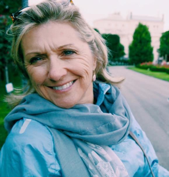 Nancy Hans review
