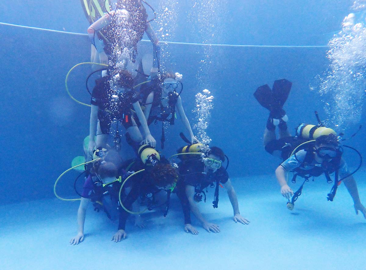 Project Reef Life collab with Oceans Alive to teach kids how to scuba