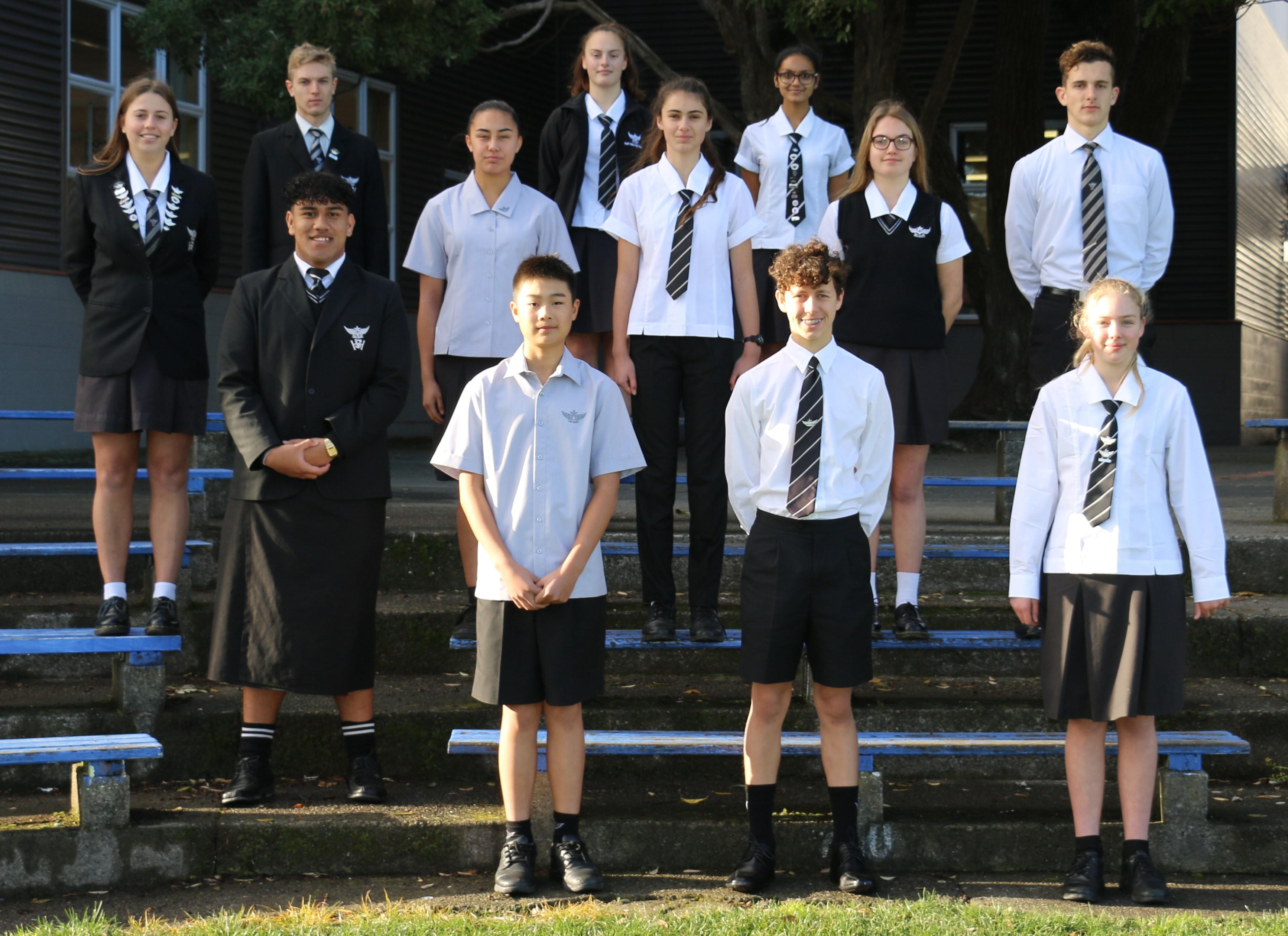 all students should wear school uniforms