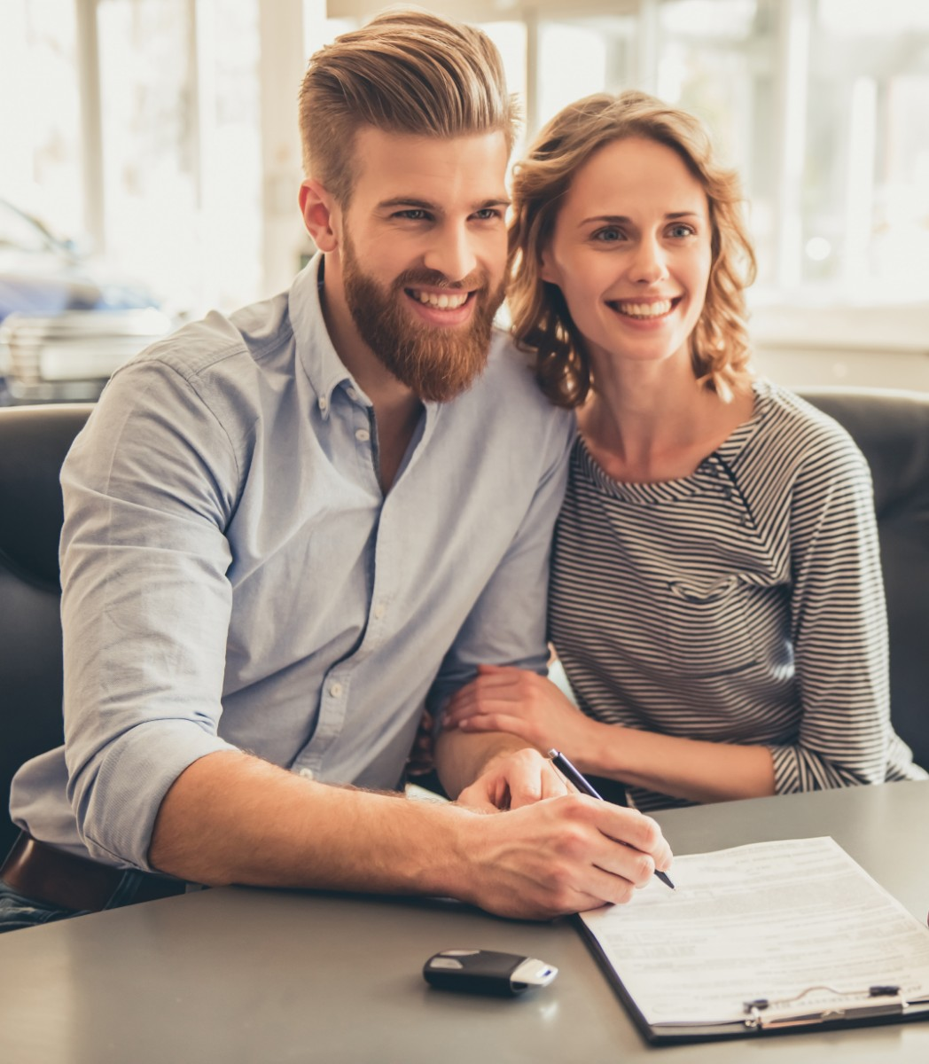 Couple finding out about their financing options