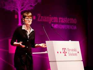 Amber Case speaking on behalf of T-Mobile Croatia in 2011.