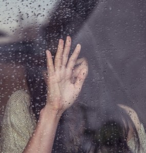 person-woman-hand-rainy (1)