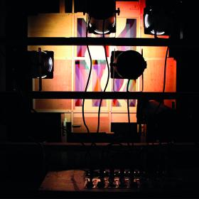 Kurt Schwerdtfeger, Reflektorische Farblichtspiele, 1922, Rekonstrukion 2016 © Mit freundlicher Genehmigung der Microscope Gallery sowie des Nachlasses von Kurt Schwerdtfeger