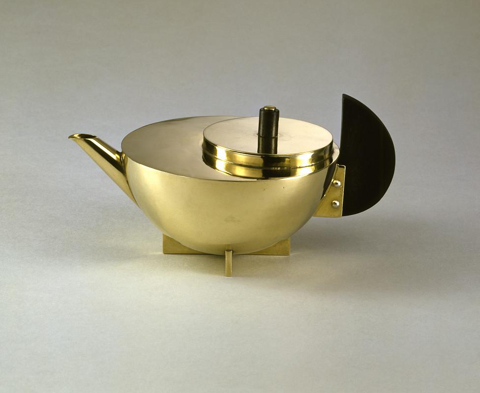 Marianne Brandt, Tee-Extraktkännchen (MT 49), 1924, / Bauhaus-Archiv Berlin, Foto: Gunter Lepkowski / © VG Bild-Kunst Bonn 2019